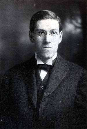 Portrait of HP Lovecraft in his early 20s